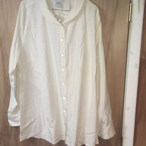 Soft surroundings size 1X white top